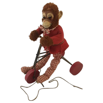 Character Riding Monkey - Pull Toy