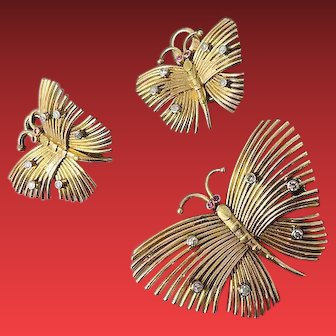 A Retro 18KYG Butterfly Demi-Parure Brooch and Earring Set