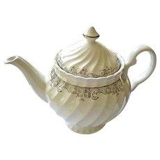 Johnson Brothers Swirl Tea Pot Made in England
