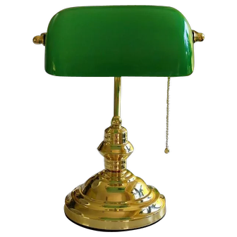 Solid Brass Bankers Lamp with Green Glass Shade Antique style