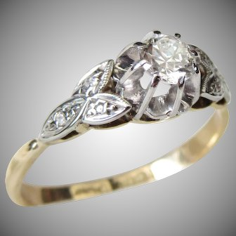 Vintage Art Deco 18 Karat Gold Platinum Set Old Cut Diamond Solitaire Engagement Ring