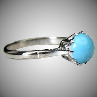 Vintage Sleeping Beauty Cabochon Turquoise Solitaire Ring 18 Karat White Gold