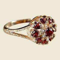 Antique Victorian 9kt Gold Garnet Cluster Ring