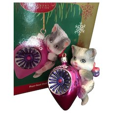 2005 Carlton Cards, Heirloom Collection, Purr-Fect Holidays, M-I-B Christmas Ornament