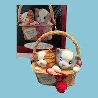 1996 Hallmark  Keepsake Christmas Ornament 'Close-Knit Friends'