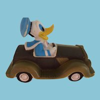 Squeaky Rubber Walt Disney Donald Duck in Car