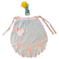 Circa 1940s -50s White and Pink Hanky Cotton Scalloped Apron