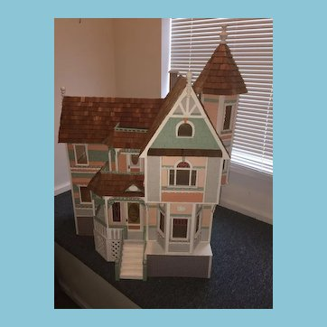 Amazing One of a Kind Vintage Victorian-style Dollhouse