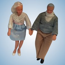 1995 'Horsman Dollhouse Family' Grandma and Grandpa Couple