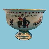 Signed Charles Wysocki Christmas Love 2000 pedestal Centerpiece Bowl