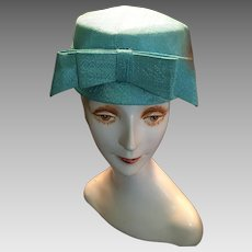 Circa 1960s  Jacquie Kennedy-Style Teal Colored Pillbox Hat