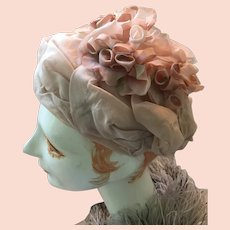1960s Lady's Mottled Beige Organdy Flower Pillbox Hat