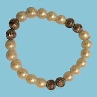 Hand-strung Pearl and Silver-colored Bead Bracelet