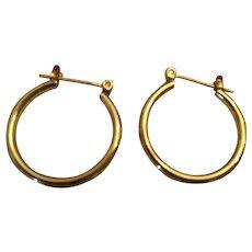 Circa 1980s Gold-Toned Metal Pierced Hoop Earrings