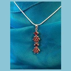 High Quality Rhodolite Garnet 925 Sterling Silver Flower Pendant