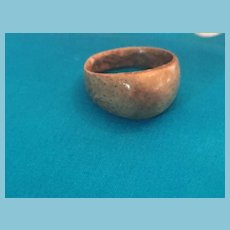 Simple One-piece Bump-domed Painted Beach-colored Wooden Ring