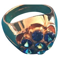 Stunning Gold-tone Signet-shaped Blue Crystal Flower Ring