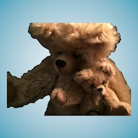 """Artist Made 13 1/2"""" Honey Colored Momma Bear and Her Small 6"""" Baby (Pair)"""