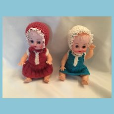 1950s Celluloid Twins with Daisy-Made Hand-knit Outfits