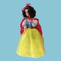 "1992 12"" Hard Plastic Walt Disney Snow White by Mattel"