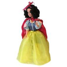 "1992 12"" Hard Plastic Walt Disney Snow White by Mattel"