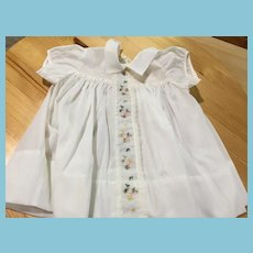 Circa 1960s 'Charming Original' Embroidery Trimmed White Cotton Dress