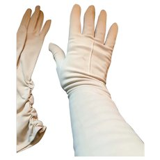 1950s Soft Beige Nylon Western Germany 'Wear-Right Gloves'