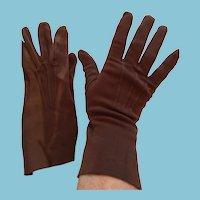 1950s- 60s Kayser-Roth Size 7  Brown Velour Gauntlet Gloves