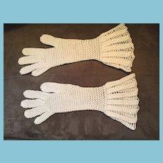 1930s- 40s OOAK Crocheted Ecru Colored Gauntlet  Gloves.