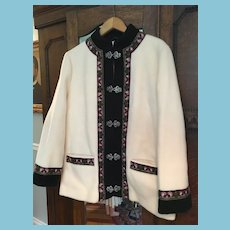 1970s A.S. Evebofoss Fjord Fashions Embroidered White Wool Jacket Coat Norway 42