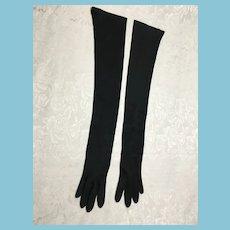 1950s- 60s  Formal Black Nylon Full Arm Gloves