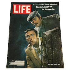 May 22, 1969 Life Magazine - Rowan and Martin Laugh-In, Military Dissent