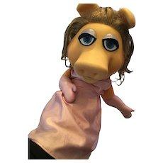 Circa 1976-78  Miss Piggy Jim Henson Mupper Hand Puppet