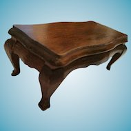Walnut Dollhouse Coffee Table with Scalloped Edges and Cabriole Legs