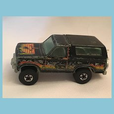 1980 Hot Wheels Diecast Ford Bronco 4x4 Mudster w/motorcycle