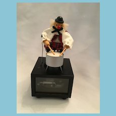 German Gilde Handwerk Wooden Clown Music Box Drummer