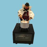 German Gilde Handwerk Wooden Clown Music Box Drummer