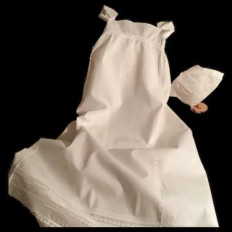 Antique Regency Baby (doll) dress ca. 1810 with bonnet