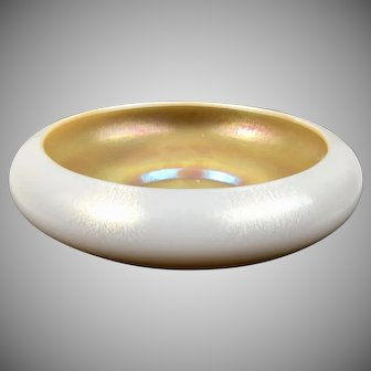 Steuben Art Glass Aurene and Calcite Bowl