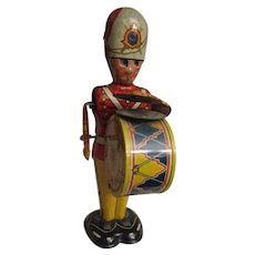 Wonderful working wind up Tin soldier by Marx