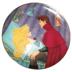 "Wonderful Sleeping  beautys "" Loves first Kiss"" collectors plate"