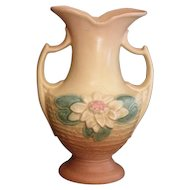 Hull Water Lilly vase beautiful large