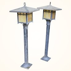 Mid century arts and craft meyda style outdoor lamp posts
