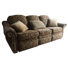 Bradington young floral print with full recline at both arms sofa