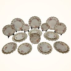 Royal Crown Derby Royal Pinxton Roses Dinner Serving Plates 26 Set