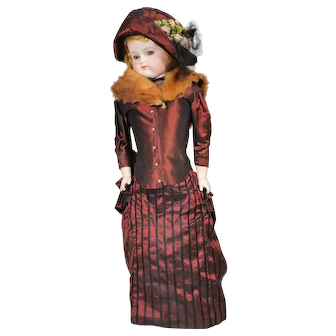 ABG Turned Head Fashion Doll