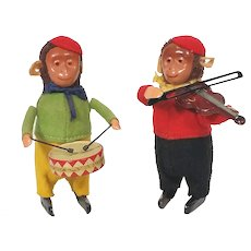 Schuco wind up monkey orchestra drummer and violin