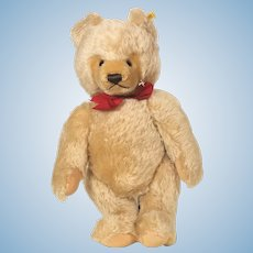 Steiff Honey Blond mohair Bear 1968 - 1990