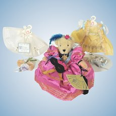 Muffy Vanderbear in Bal Masque costume plus  two outfits for Hoppy VanderHare