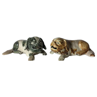 Antique Pair of Chinese Export Figures of Dogs, Qing Period 19th C